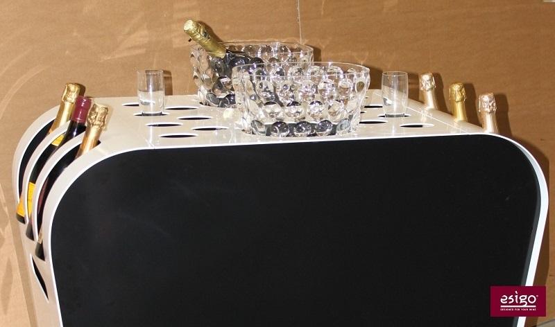 Carrello per il servizio del vino