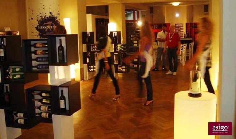 Espositore porta vini in legno Esigo 5 Floor