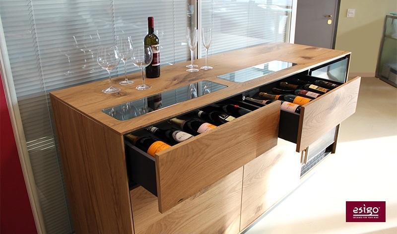 Madia portabottiglie con cantinetta vino refrigerata