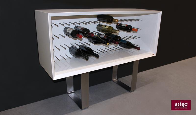 Porta bottiglie moderno in legno Esigo 9