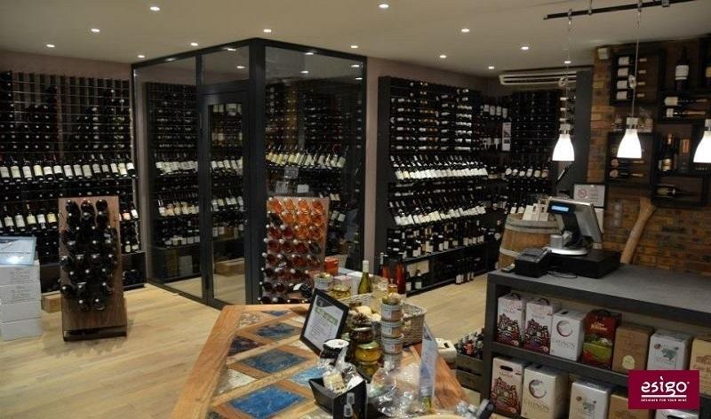 Mobili vino esigo per arredo enoteca for Arredamento wine bar