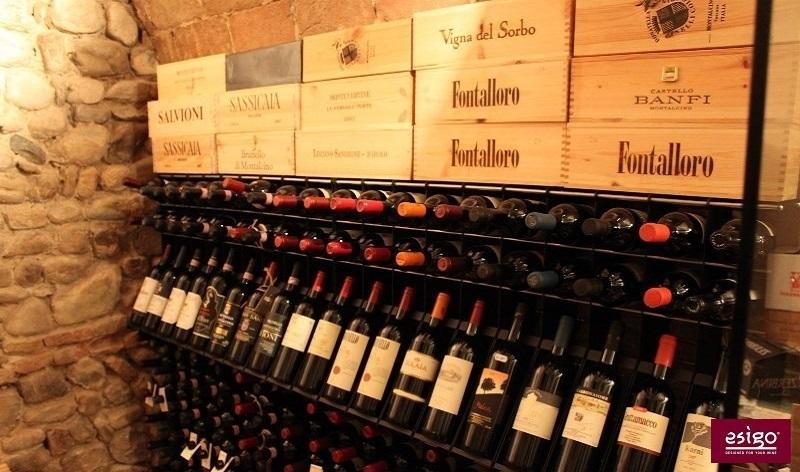 Gallery arredamento esigo per punto vendita vino - Cantinetta vini ikea ...