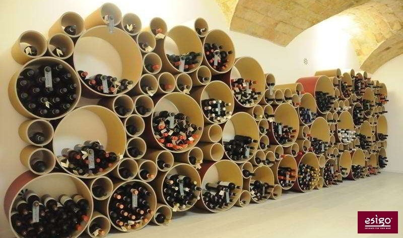 Gallery arredamento esigo per punto vendita vino for Vendita arredamento design online